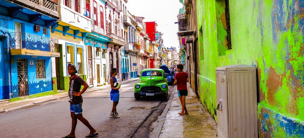 Meet travelers, discover the real Cuba