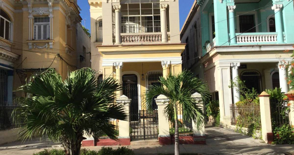hotel reservations in Vedado